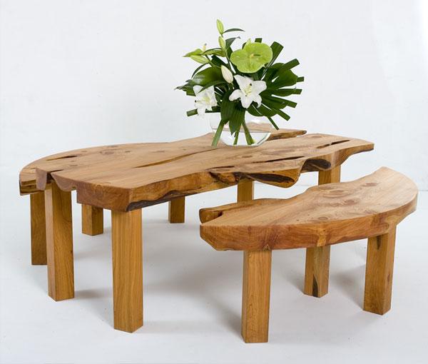自然,粗犷的原木家具